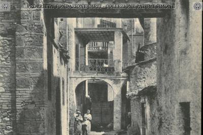 Terni - Una via caratteristica dell'antica città