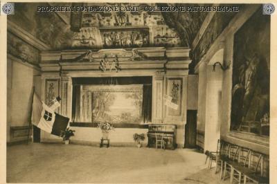 Terni - Salone con decorazione dello Zuccheri