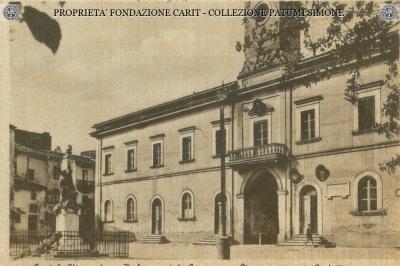 Castel Viscardo - Palazzo del Comune e Monumento ai Caduti