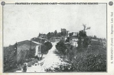 S. Venanzo - Ingresso lato Sud