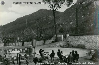 """Stifone - Dancing """"Rotonda del pino"""""""